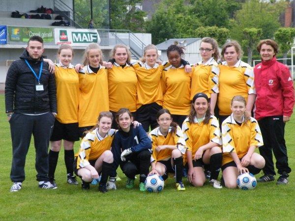 Quatrième place au championnat de France  de football  minimes filles UNSS