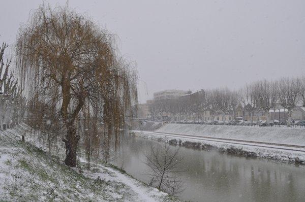 """""""Il n'est pas d'hiver sans neige, de printemps sans soleil, et de joie sans être partagée."""" Proverbe Serbe"""
