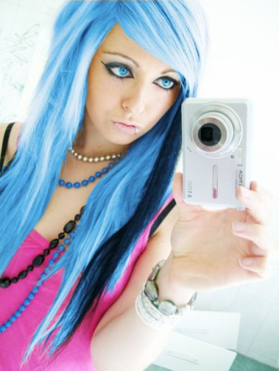 blue emo scene hair style sitemodel girl bibi barbaric from germany