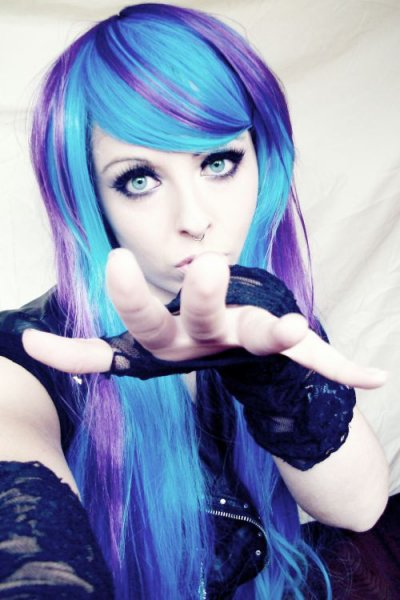 blue purple emo scene alternative hair style bibi barbaric german site model girl eyes make up piercings