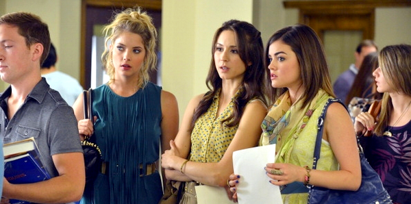 Pretty Little Liars - 3x01 et 3x02