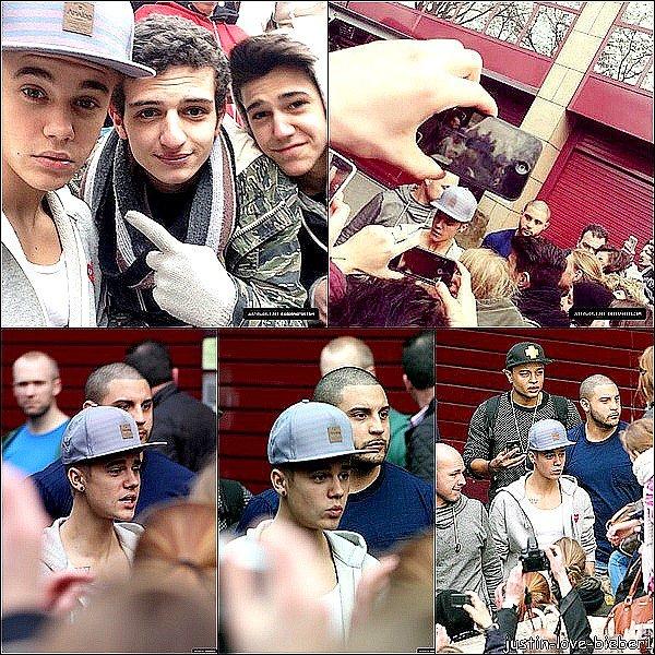 Avant de critiquer Justin Bieber, place toi sur des escaliers, une guitare dans la main et chante, vasy chante. Reviens dans 5ans, tu n'auras pas son talent donc ne le critique pas si tu ne sais pas faire mieux que lui. -Rihanna