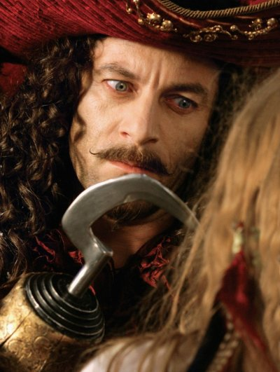 Capitaine crochet (Jason Isaacs)