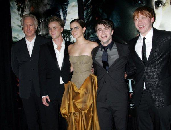 Twilight VS Harry Potter qui gagnera ? vote pour la saga que tu préféres =)