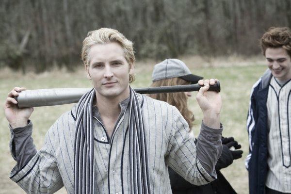 Carlisle Cullen - Parcours dans Twilight