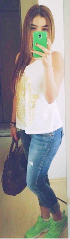 Photo Récente de moi ( oui je me suis enfin teint les cheveux :) )