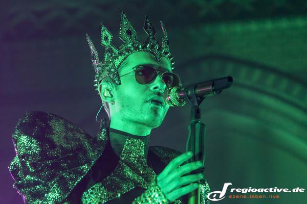 Article de regioactive.de : Hurlements et lasers : Tokio Hotel live dans l'église Altona à Hambourg
