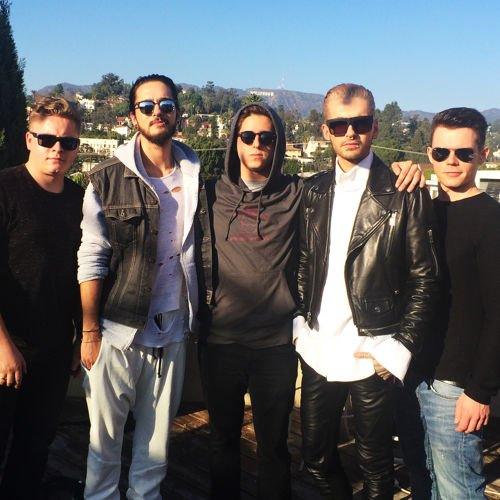Fat Roll Puppy – Interview avec Tokio Hotel à la Hollywood Tower le 13-01-2015
