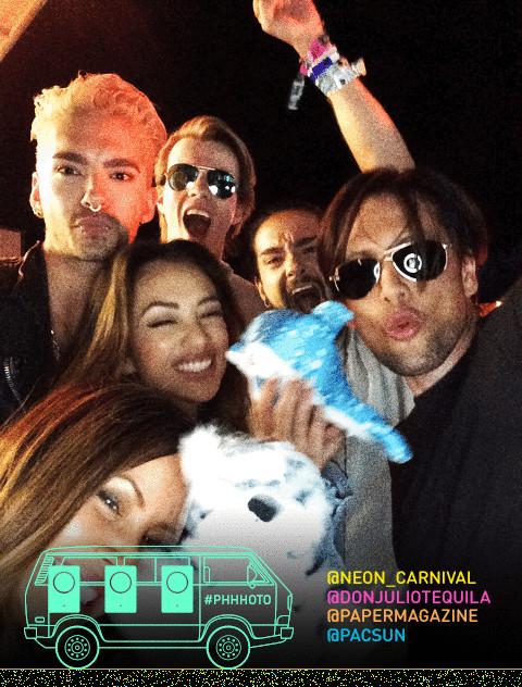11.04.2015  - Coachella 2015: Neon Carnival