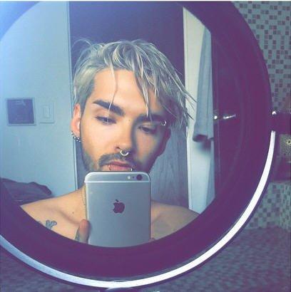 Instagram Bill kaulitz : #selfiemiroir