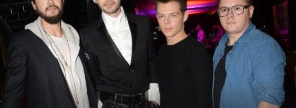 Article de meltybuzz.fr : Tokio Hotel : Ils piègent un inconnu dans leur tour bus !