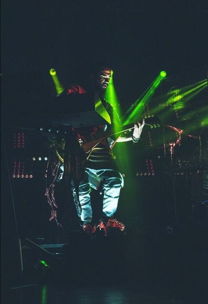 Instagram Tokio Hotel : #feelitall#worldtour2015. billets et dates sur #FIAUSA #FIALatinAmerica