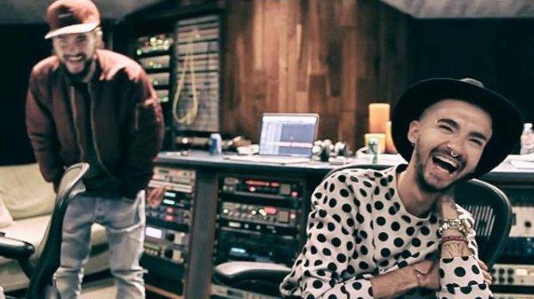 "Vidéo-Tokio Hotel TV Episode 19 : ""De la techno dans le labo"":"