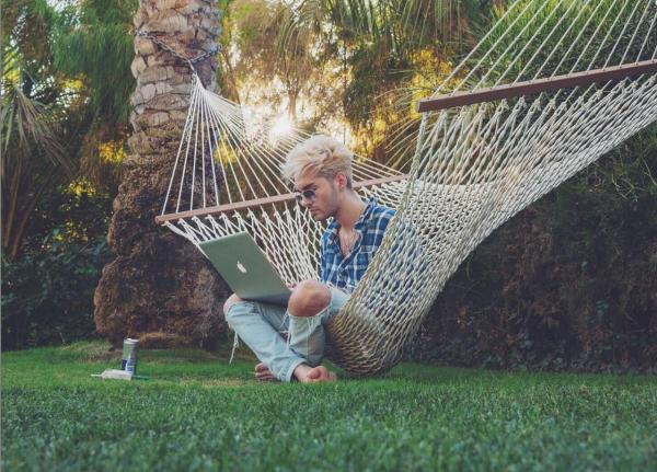Instagram Bill Kaulitz : nouvel #tokiohotelTV episode en ligne!