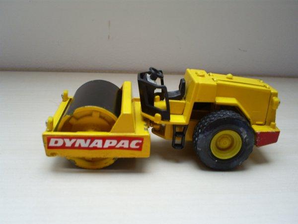1/50 rouleau compresseur DYNAPAC arpra