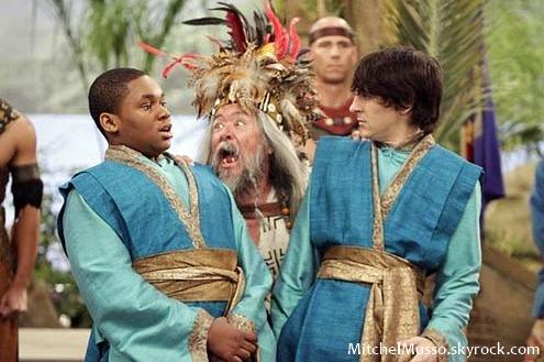 DON'TCOPYmitchelmusso.skyrock.comDON'TCOPYi20/11/2010i - Une deuxième saison pour Pair Of KingsC'est confirmé ! Une nouvelle saison pour Pair of Kings qui serait la série la plus écoutée sur Disney XD ! Le tournage débutera en février. DON'TCOPYmitchelmusso.skyrock.comDON'TCOPY