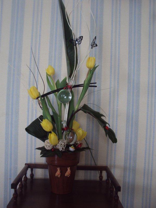 art florale tulipe jaune et muscaris