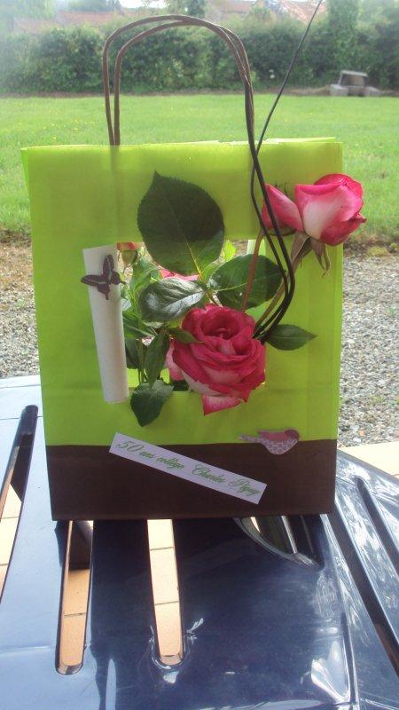 Pochette fleuries pour les 50 ans du  collège