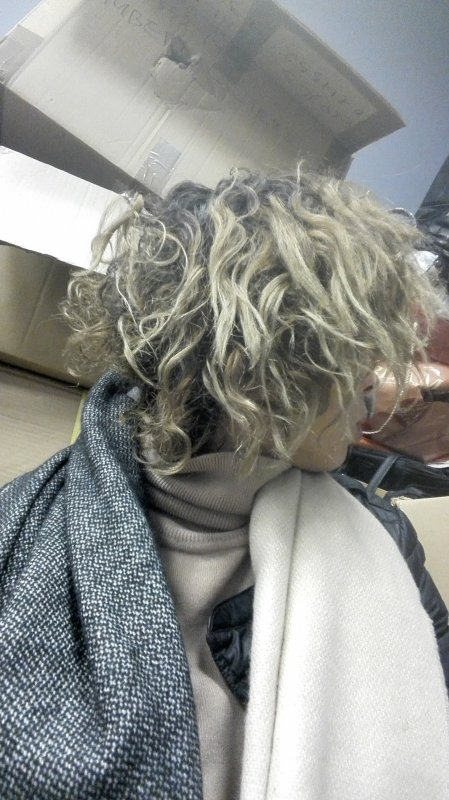 Cheveux sans brushing