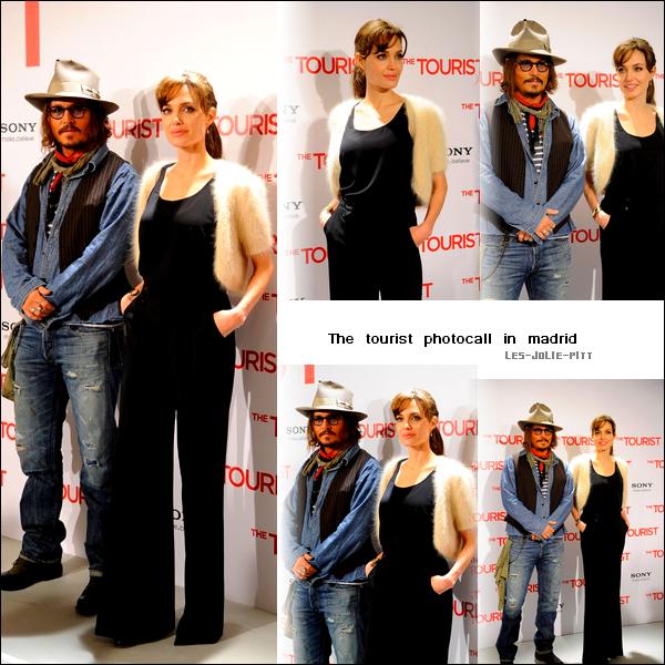 ** **  Angelina Jolie et  Brad Pitt , au sommet du glamour et de la complicité, étaient à la première du nouveau film 'The Tourist' hier 15 decembre à Rome, Italie. ♥  +  Angie et Johnny étaient tous les deux sur le tapis rouge pour un photocall afin de promouvoir le film, aujourd'hui 16 decembre à Madrid, Espagne. Une Angelina sobre, mais belle .   ** **