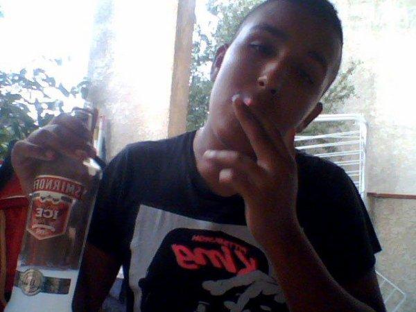 vodka redbull ton pillon c'est dla frappe si il est gras et qu'il fait des bulle