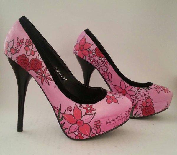 "Chausure "" Happy feet"" Personalisé ;)"