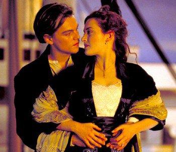 """!! """" Certains disent qu'on reconnaît le grand amour lorsqu'on s'aperçoit que le seul être au monde qui pourrait vous consoler est justement celui qui vous a fait mal.""""   - Guillaume Musso!!"""