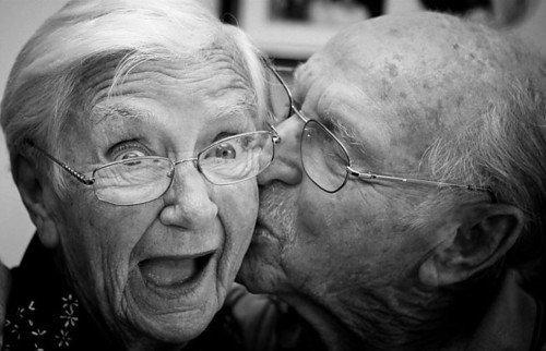 L'amour, c'est un truc qui te dévore de l'intérieur et qui te fait perdre tout amour propre. C'est ce que tu m'as apporté..  ~ Marina