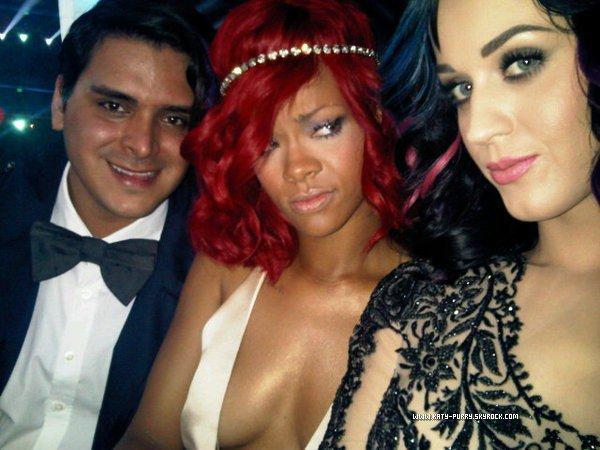 12/09/10 - Markus Molinari, Rihanna et Katy aux VMA'S.