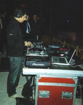 Le DJ: Ariel Wizman