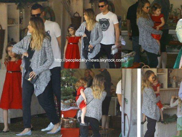 6 décembre 2014 : Alessandra Ambrosio a été vue dans un parc dans Santa Monica