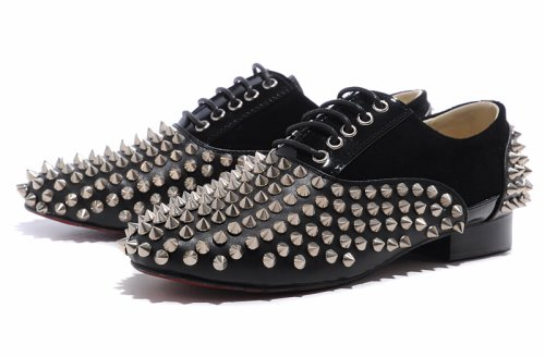 Que faire avec des clous ? (version chaussures)