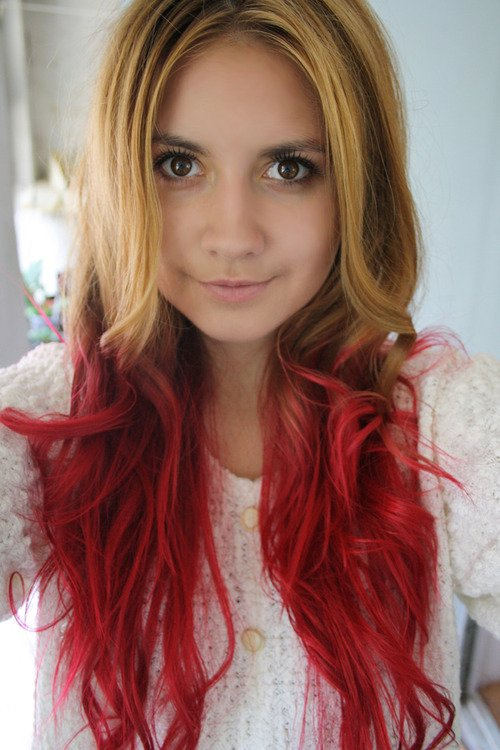 Des id es de dip dye hair pour cheveux clairs do it yourself - Tie and dye cheveux boucles ...