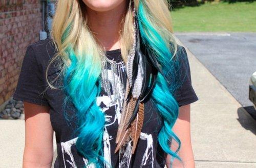 Des idées de Dip Dye Hair pour cheveux bouclés/frisés