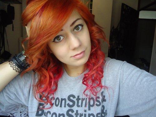 Des idées de Dip Dye Hair pour cheveux roux