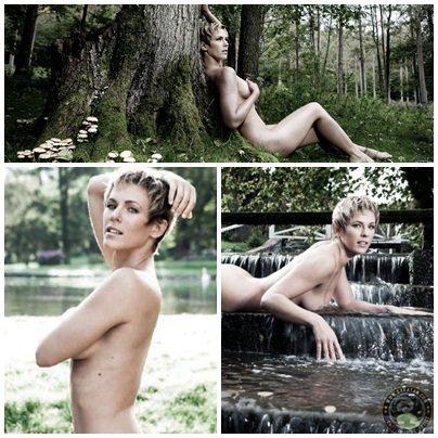 Lorie nue dans Paris Match