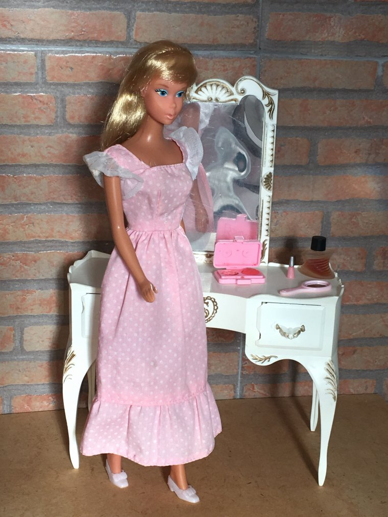 BARBIE SWEET SIXTEEN DE 1974.