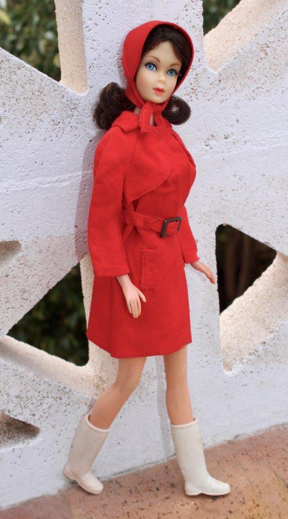 BARBIE  RED FOR RAIN #3409 DE 1971