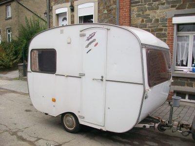 habillage exterieur caravane jpg habillage exterieur caravane embout de profil charnire. Black Bedroom Furniture Sets. Home Design Ideas