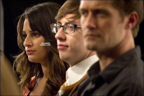 BEHIND THE SCENE ▬ Des photos  Behind the scene de Glee (episode 2X19 ) viennent d'apparaitre .