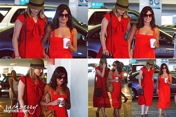 05 SEPTEMBRE 2009 ▬ Lea a été aperçu avec sa co-star et amie Dianna Agron faisant du shopping dans Hollywood.