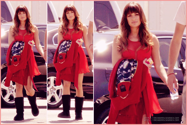 APRIL 07TH // Notre sublime Lea a été apercue sur le set de Glee. J'aime beaucoup sa robe.
