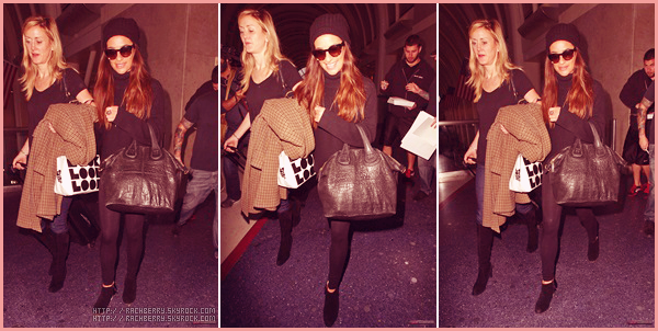 MARCH 6TH // Promotion finie , Lea a été aperçue a l'aéroport de JFK direction Los Angeles.