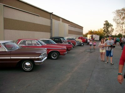rocking at the drive in barn