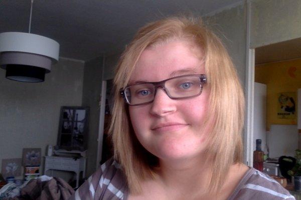 moi et ma nouvelle coupe de cheuveux ;)