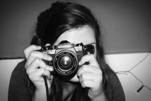 Photographier c'est mettre sur la même ligne de mire la tête, l'oeil et le coeur.