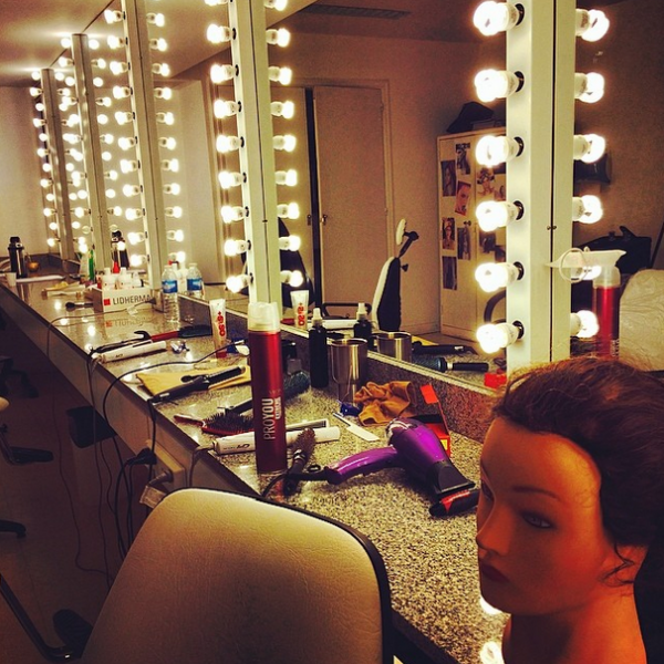 Extrêmement violetta backstage S3 - Violetta 3 QD48