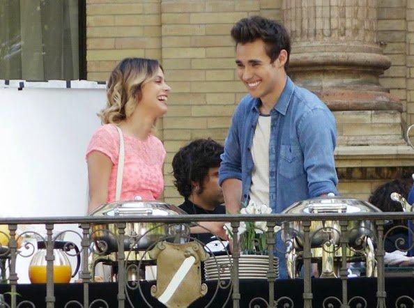 Violetta 3- girar mi cancion vol 2 / Violetta 3- Abrazame y veras (2015)
