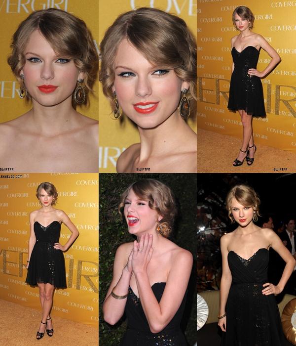 .  Taylor était sur les tapis des People's Choice Award .  .