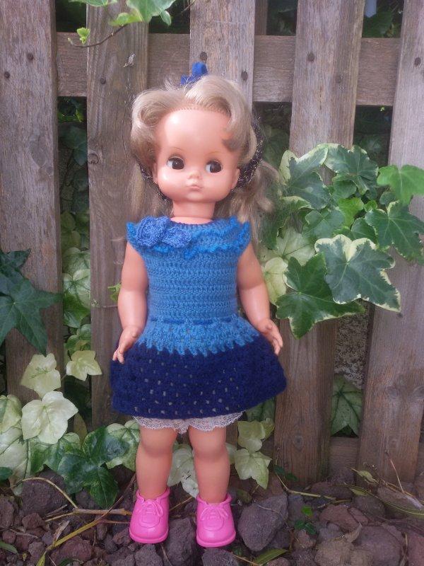 Crochet pour les poupées, modèle personnel.